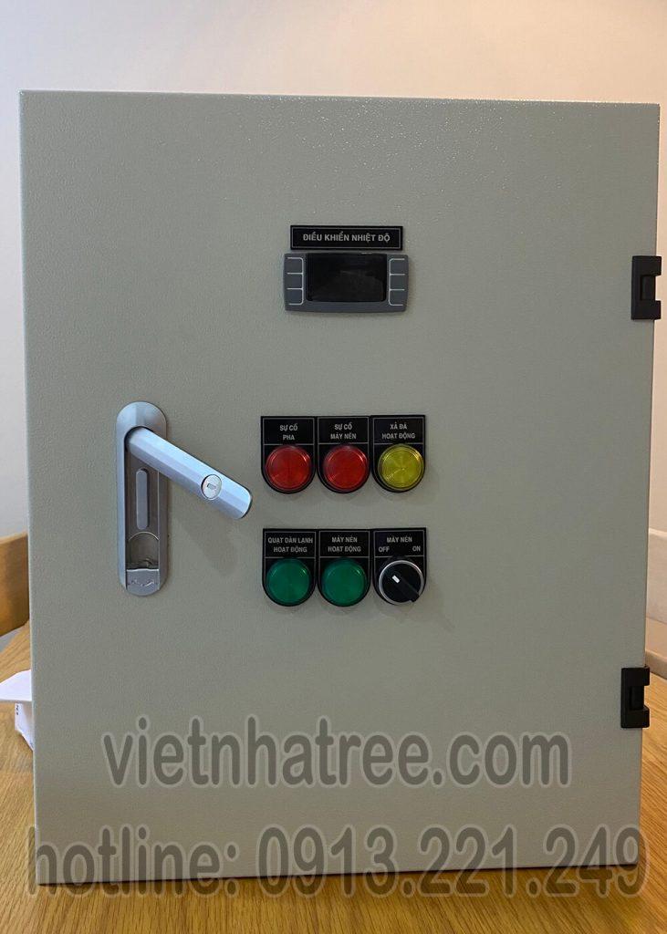 Tủ điện điều khiển kho lạnh sử dụng thiết bị Schneider, điều khiển nhiệt độ Dixell